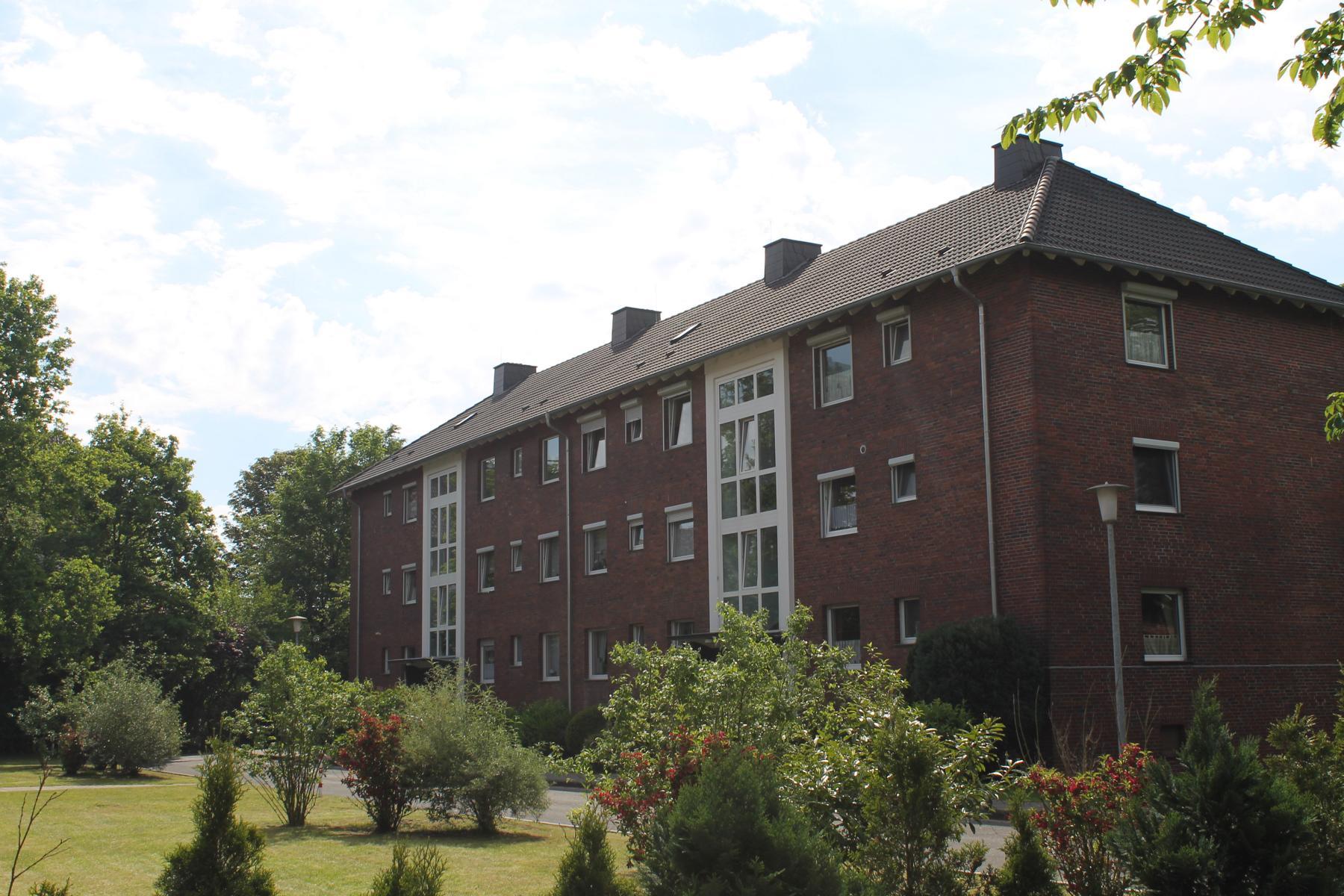 Dachsanierung Mehrfamilienhaus Referenzobjekt 50