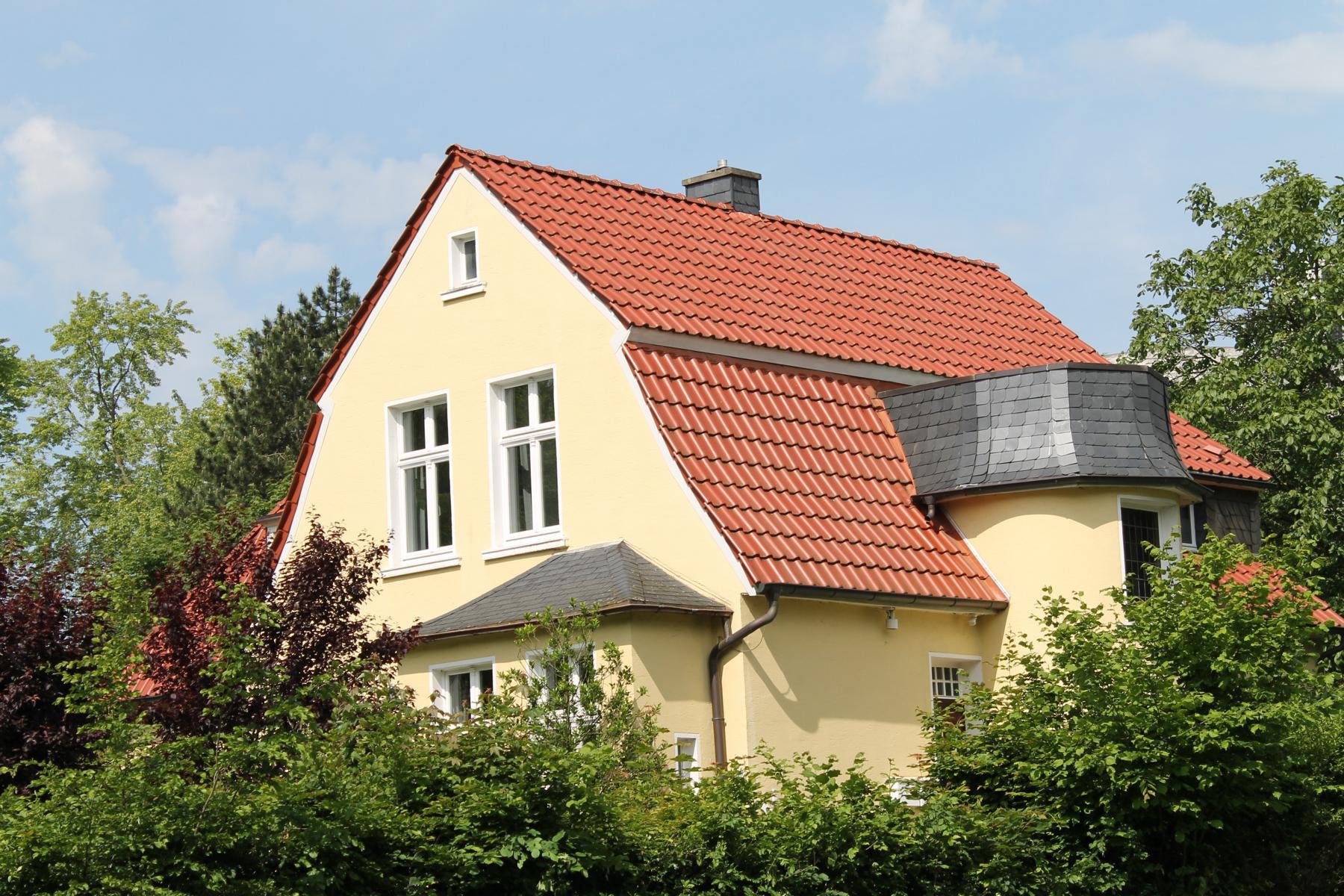 Dachsanierung Mehrfamilienhaus Referenzobjekt 55
